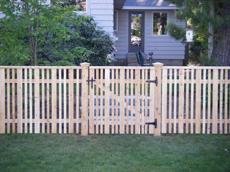 Picket Fencing Maine